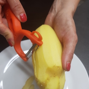 U testu con patate, ricetta calabrese