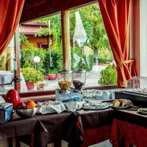New Paradise Residence & Hotel